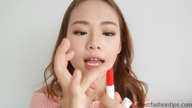 full face makeup using only fingers challenge no brush makeup eng sub 56
