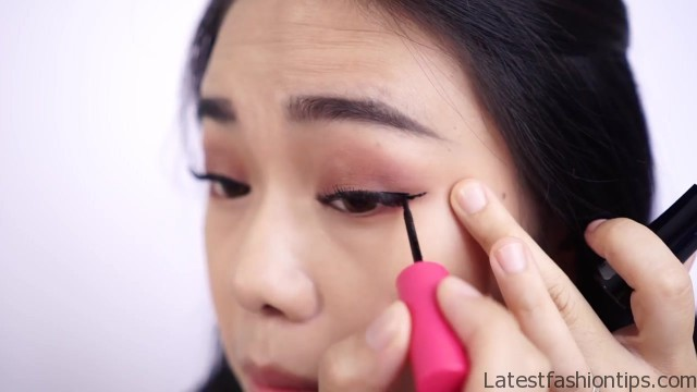 get 3 looks with 1 brand makeup tutorial 24