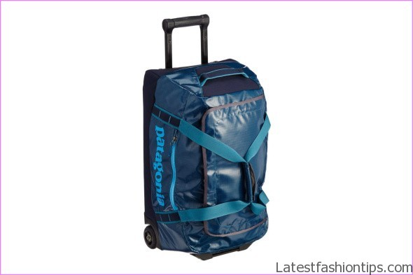 11 Luggage Buying Tips How To Buy Quality Travel Bags Mans Guide To Luggage Purchasing_3.jpg