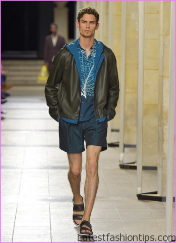 20 Small Style Mistakes That Lead To BIG Problems Mens Fashion Faux Pas_11.jpg