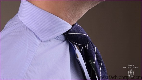 4 Tie Knots Every Man MUST Know Best Tie Knots For EVERY Neck And Collar Type Post Tutorial_10.jpg