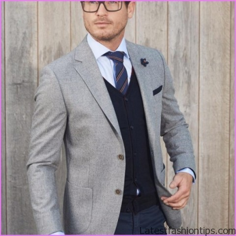 4 Tips On Wearing Gray With Style Grey In Interchangeable Wardrobe Matching Gray Clothes_10.jpg