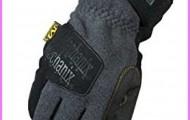 Hooded Fleece Mitten Review Carol Davis Sportswear Cold Weather Winter Gloves_1.jpg