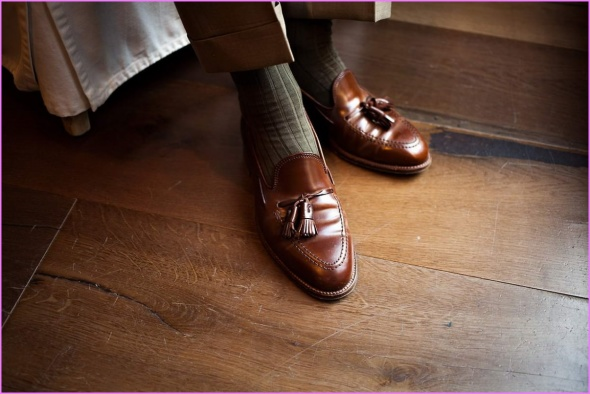 Ultimate Guide To Formal Loafer Slip-On Dress Shoes How To Wear Tassel Penny Belgian Loafers_12.jpg