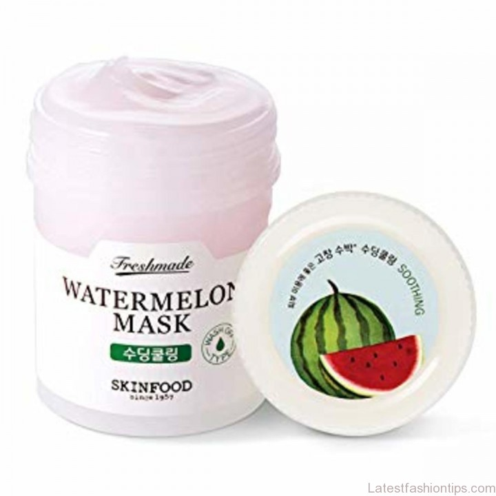 Smells just like watermelon and almost good enough to eat ;)