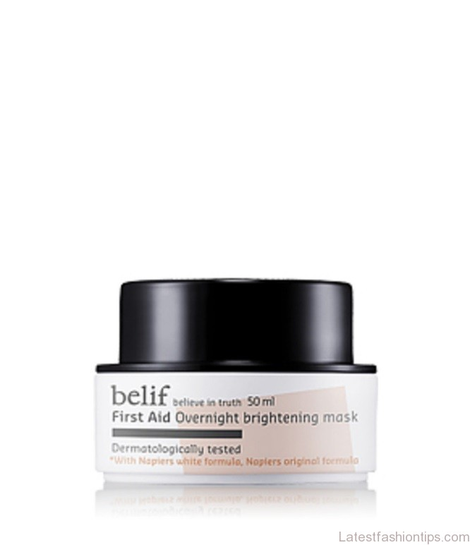 Wake up with a radiant and bright complexion