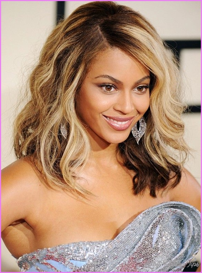 7 Best Blonde Hairstyles by Beyonce