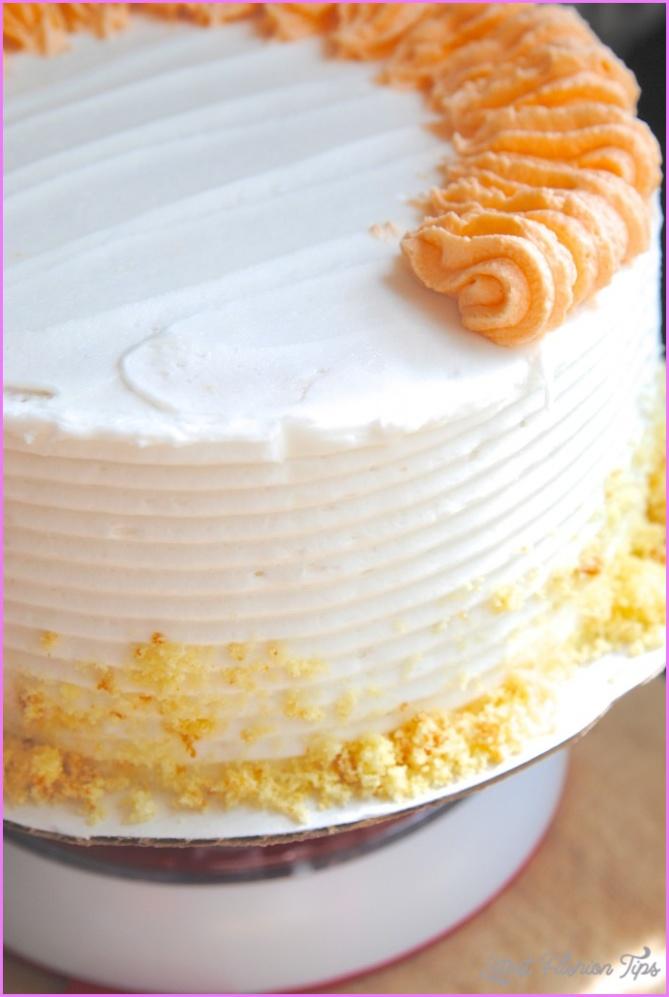 Cake Decorating Made Easy {& Thanksgiving Cake Idea!}