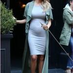 Chrissy Teigen's Best Maternity Looks - Chrissy Teigen Pregnancy Style
