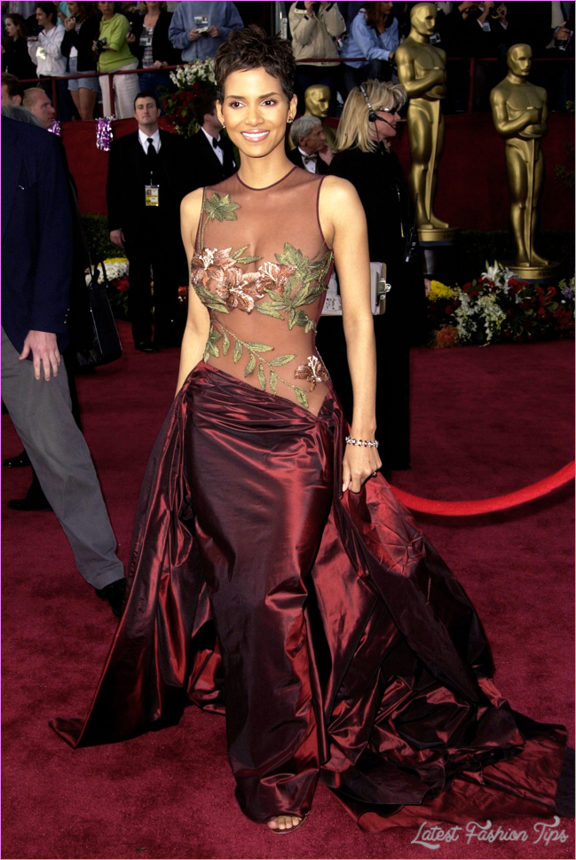 Oscars Red Carpet Fashion: Sexiest Dresses of All Time
