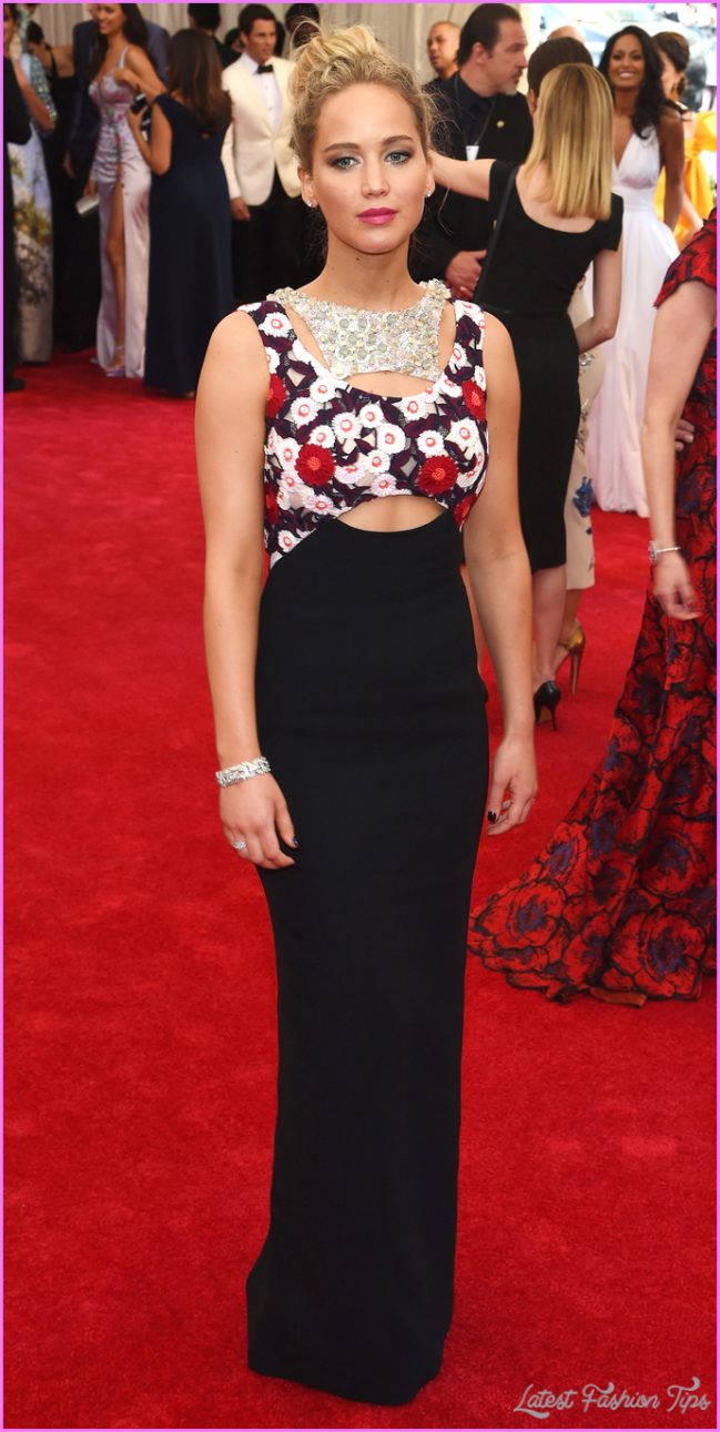 Jennifer Lawrence's Red Carpet Style