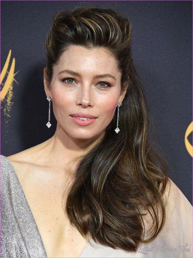 Jessica Biel's 2018 Emmys look makes us want to run out and buy hair