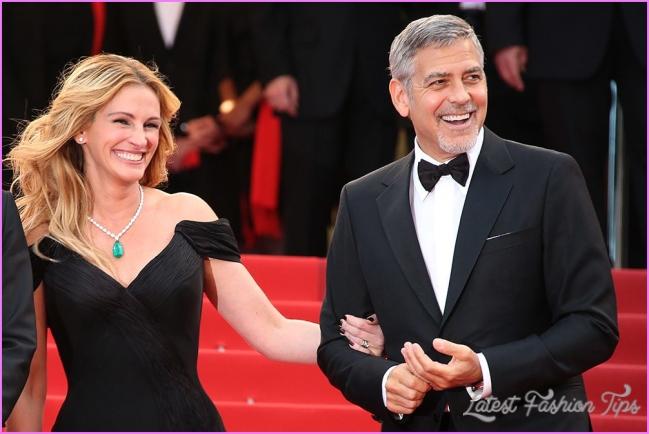 Scoop: Julia Roberts dumps heels on Cannes red carpet