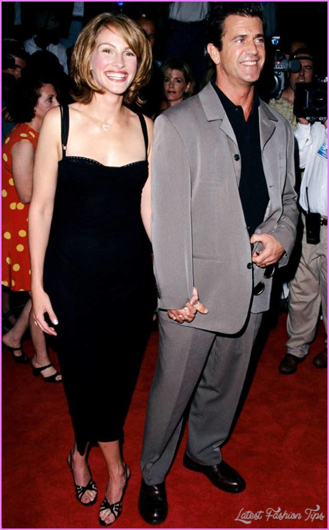 Golden Globes, January 1998 from Julia Roberts' Most Glamorous Red