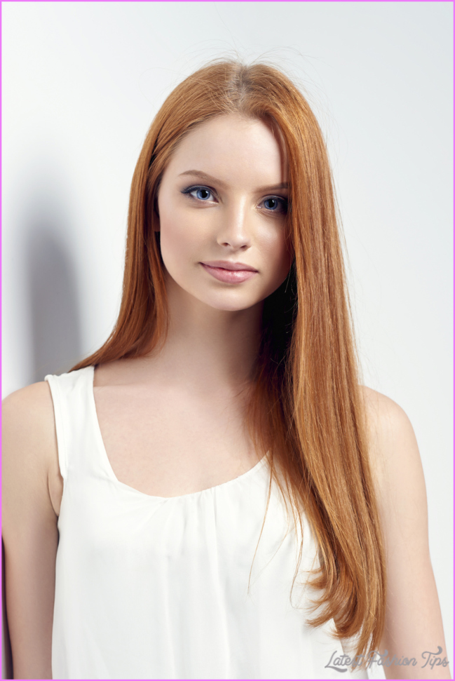 round-face-redhead-long-straight-hair-best-hairstyles-face-shape
