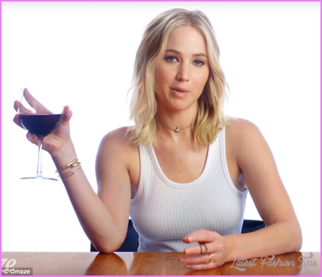 Jennifer Lawrence raises funds for Represent.Us with wine