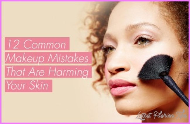 12 Common Makeup Mistakes That Might Be Harming The Skin On Your Face