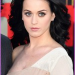 Oh, Look How Pretty Katy Perry's Eye Makeup Is Here!
