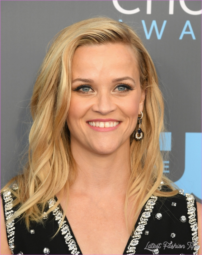 Reese Witherspoon Hairstyles - Haircuts - Hair Colors 2019_3.jpg