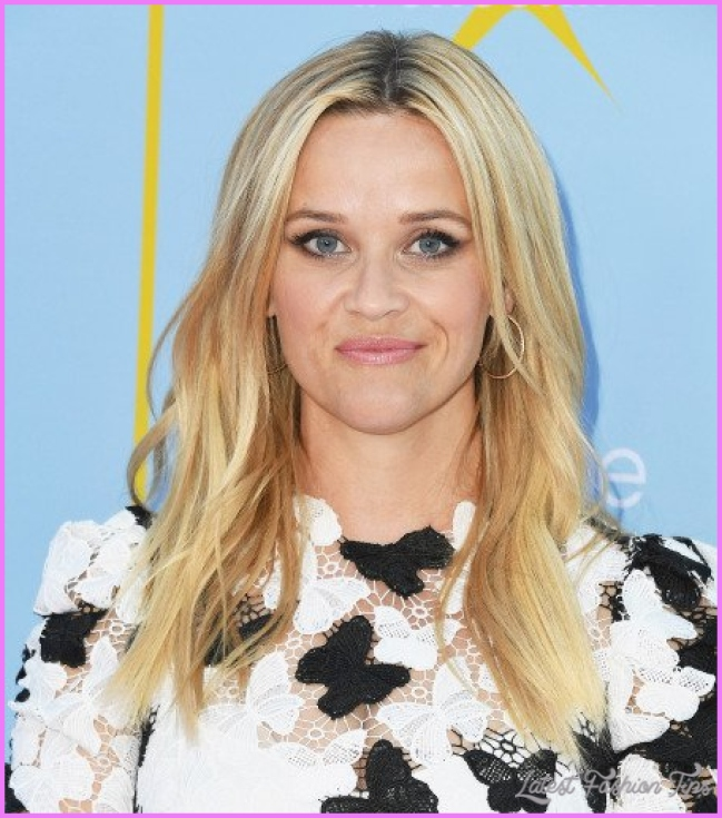 Reese Witherspoon Hairstyles - Haircuts - Hair Colors 2019_8.jpg