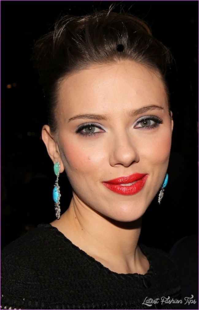 Scarlett Johansson Reveals Her Secret to Flawless Skin (and It's ...