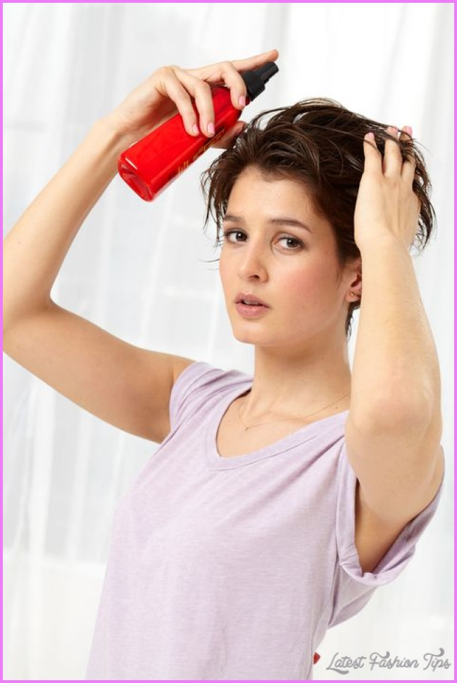 Blow Dry Hair Faster With This Time Saving Technique_2.jpg